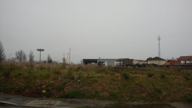 LAND IN MATOSINHOS NEXT TO the A28
